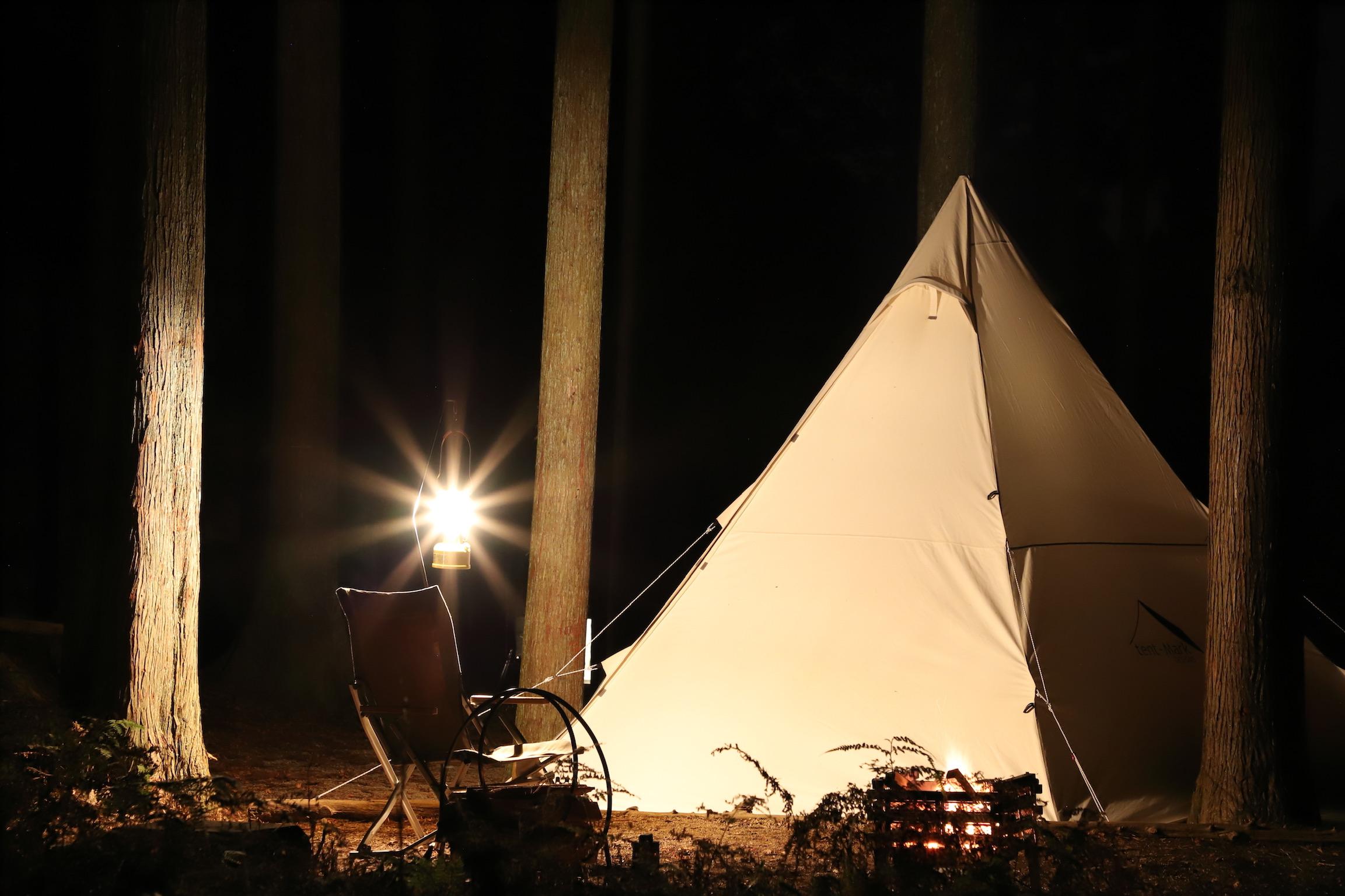 サイトの種類と自然多めのキャンプ場。かぶとの森テラス